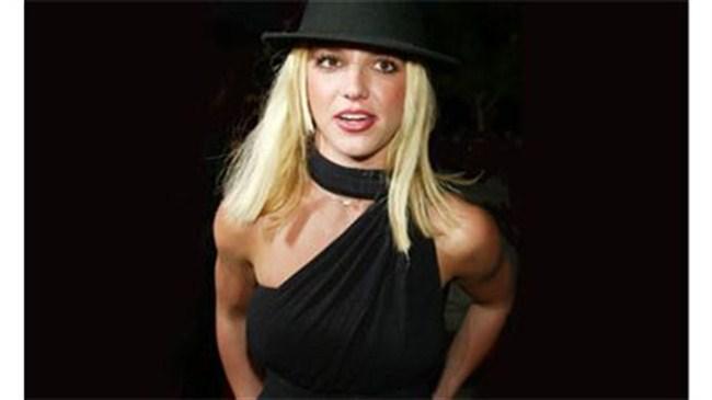 Britney'nin son aşkı Adnan!